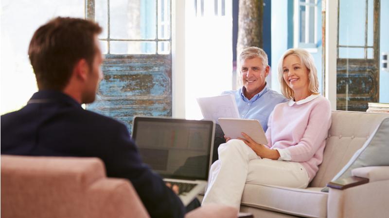 couple-discussing-retirement