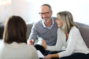 mature-couple-with-advisor