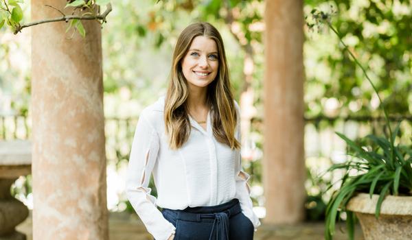 Julianna Rote - Client Advisor